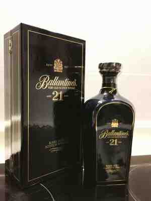 Ballantine's 21 years blended whisky ceramic